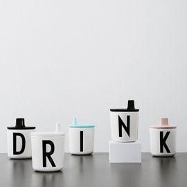 Groene dop met drinktuit voor Design Letters beker