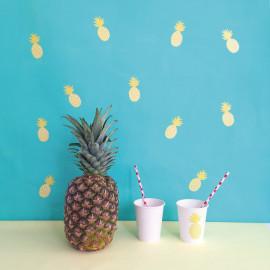 Just a touch muursticker 'ananas'